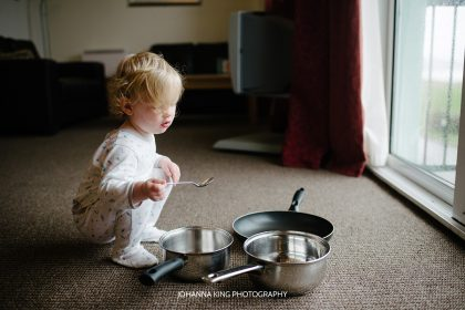 Lucia play pots