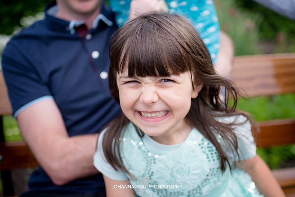 Family maternity photo session in The Botanic Gardens, Dublin